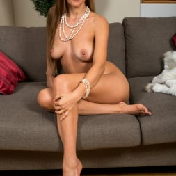 Devina in 'Anilos' Warm Me Up (Thumbnail 15)