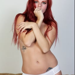 Devyn Lux in 'Anilos' While You Watch (Thumbnail 5)