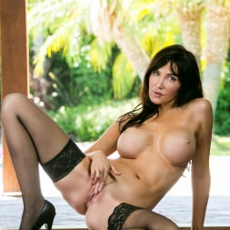 Diana Prince in 'Anilos' Busty Mature (Thumbnail 7)
