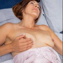 Eleanor in 'Anilos' Pussy Pleasures (Thumbnail 6)