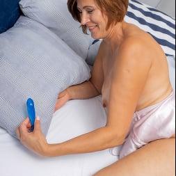 Eleanor in 'Anilos' Pussy Pleasures (Thumbnail 8)