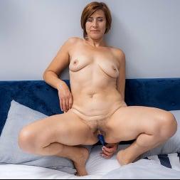 Eleanor in 'Anilos' Pussy Pleasures (Thumbnail 14)