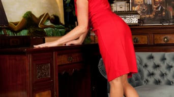 Elise Summers in 'Lady In Red'