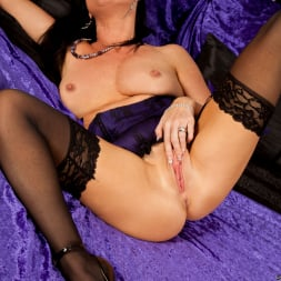 Elise Summers in 'Anilos' Magic Wand Toy Play (Thumbnail 13)