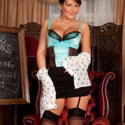 Elle Brook in 'Anilos' Toy Lessons (Thumbnail 3)