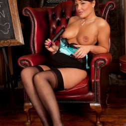 Elle Brook in 'Anilos' Toy Lessons (Thumbnail 7)