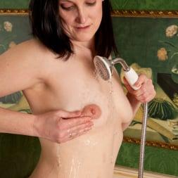 Emily Marshall in 'Anilos' Soapy Tits (Thumbnail 8)