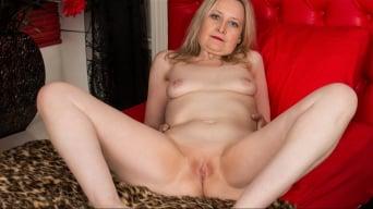 Emma Turner in 'Sexy Momma'
