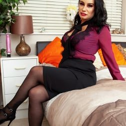 Eva May in 'Anilos' Down To Business (Thumbnail 2)