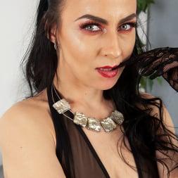 Flirty Naughty in 'Anilos' Please Me (Thumbnail 1)