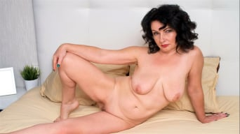 Helen He in 'Red Hot'