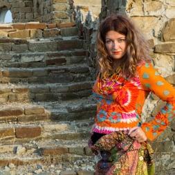 Helena Volga in 'Anilos' Amateur Outdoor (Thumbnail 1)