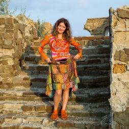 Helena Volga in 'Anilos' Amateur Outdoor (Thumbnail 2)