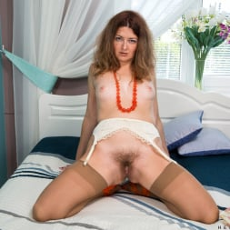 Helena Volga in 'Anilos' Mature Plays With Toys (Thumbnail 5)