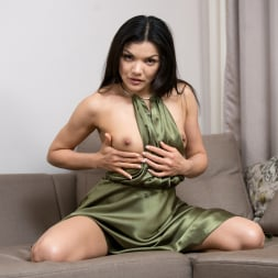 Isha in 'Anilos' Real Orgasm (Thumbnail 4)