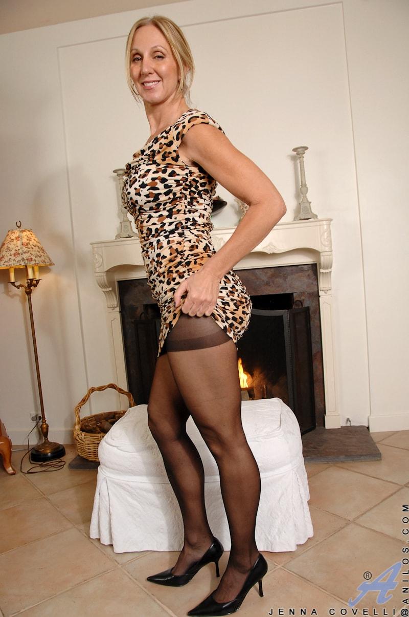 Anilos 'Big Tits And Nipples' starring Jenna Covelli (Photo 3)