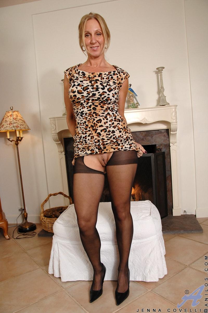 Anilos 'Big Tits And Nipples' starring Jenna Covelli (Photo 6)