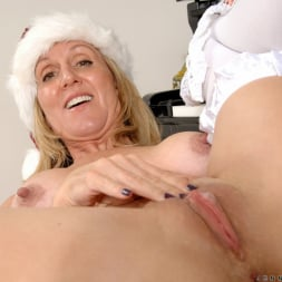 Jenna Covelli in 'Anilos' Her Present To You (Thumbnail 15)
