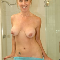 Jenna Covelli in 'Anilos' Toys In Her Shower (Thumbnail 4)
