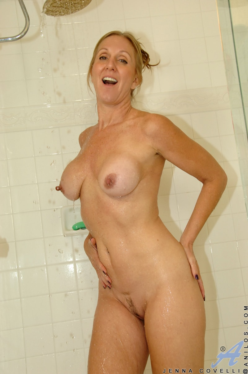 Anilos 'Toys In Her Shower' starring Jenna Covelli (Photo 8)