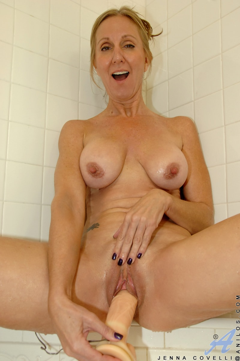 Anilos 'Toys In Her Shower' starring Jenna Covelli (Photo 12)