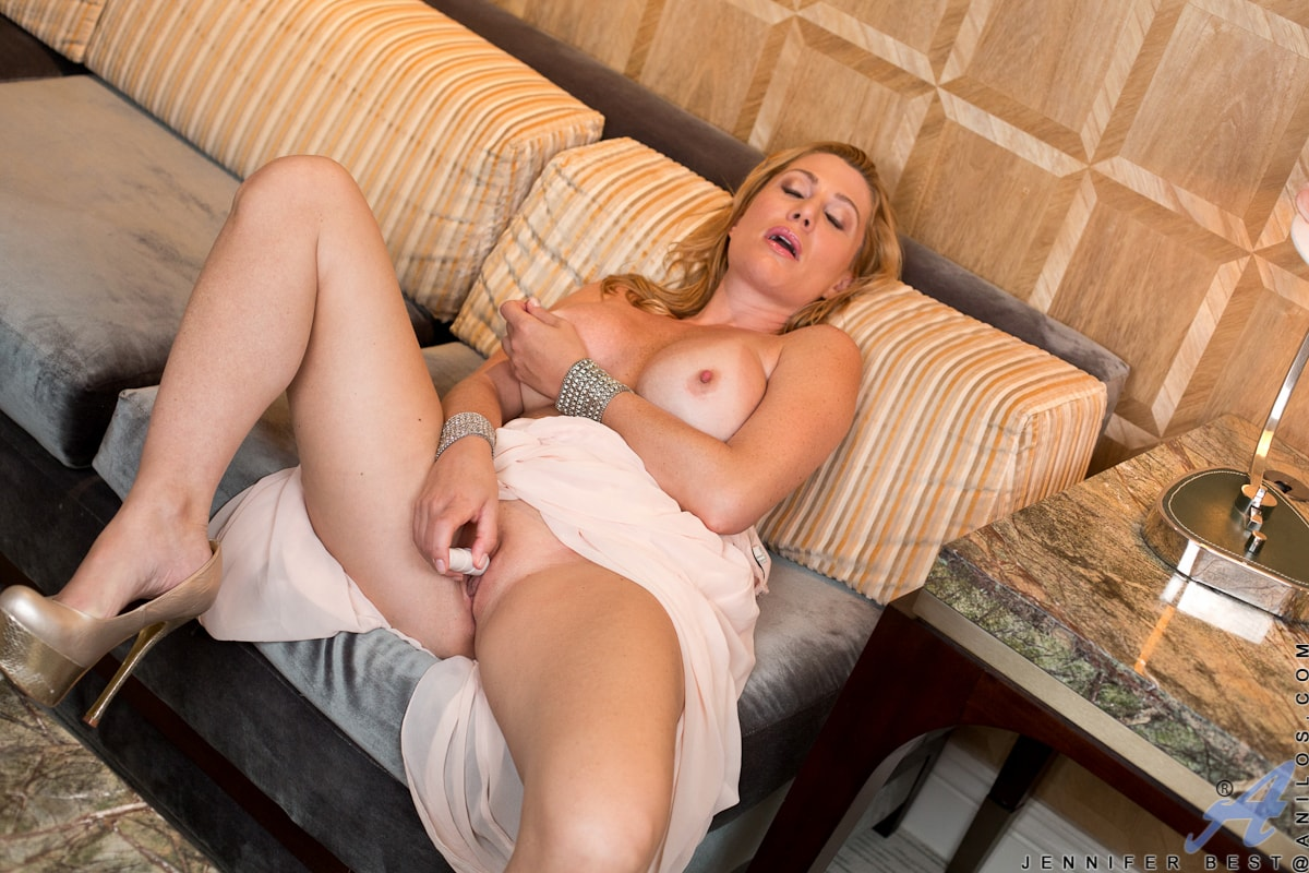Anilos 'Classy And Playful' starring Jennifer Best (Photo 12)