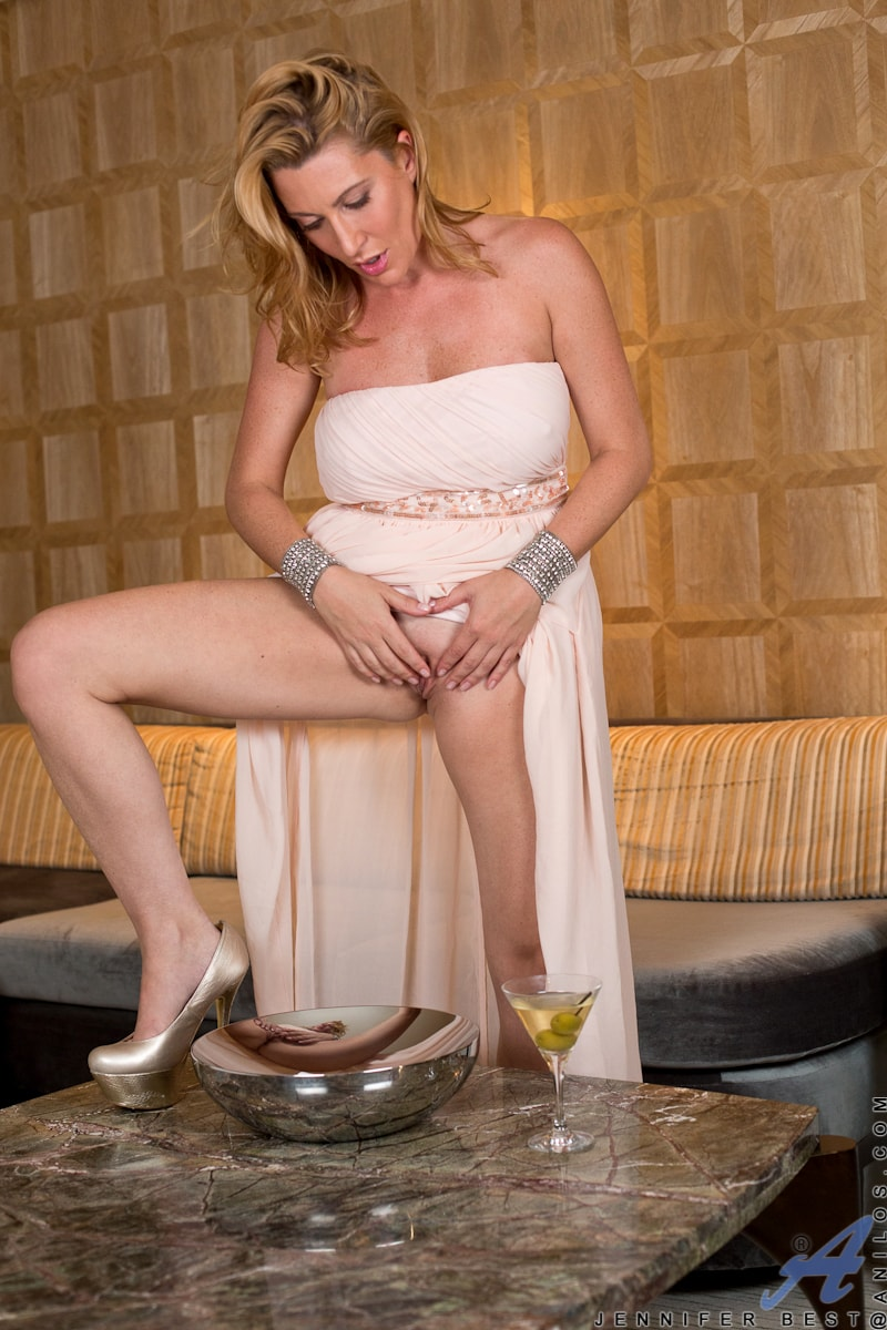 Anilos 'Classy And Playful' starring Jennifer Best (Photo 13)