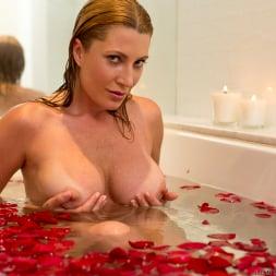 Jennifer Best in 'Anilos' Romancing Herself (Thumbnail 6)