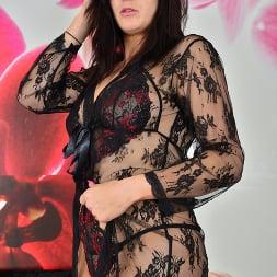 Jessie in 'Anilos' Feeling Sexy (Thumbnail 1)