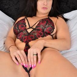 Jessie in 'Anilos' Feeling Sexy (Thumbnail 6)