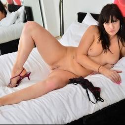 Jessie in 'Anilos' Feeling Sexy (Thumbnail 11)