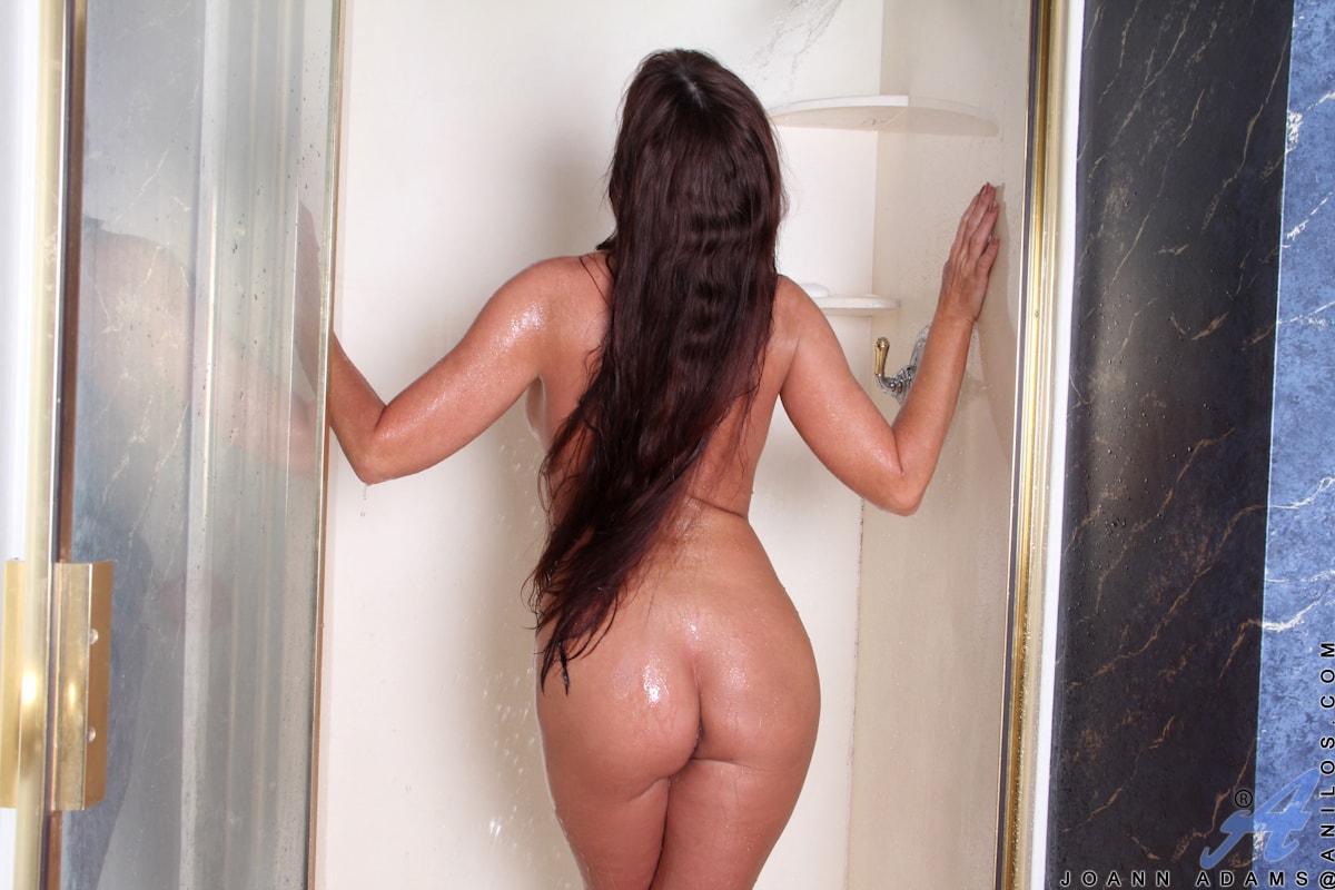 Anilos 'Shower Toys' starring Joann Adams (Photo 4)
