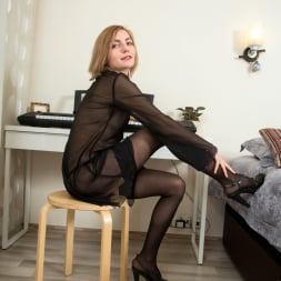 Judith Angel in 'Anilos' Two Toys (Thumbnail 2)