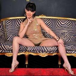 Julia Dranac in 'Anilos' Orgasmic (Thumbnail 2)