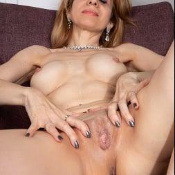 Karolina in 'Anilos' Masturbation Pleasures (Thumbnail 12)