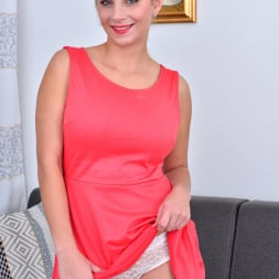 Katarina Hartlova in 'Anilos' Beautiful Boobs (Thumbnail 1)