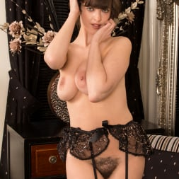 Kate Anne in 'Anilos' Hairy Pussy (Thumbnail 15)