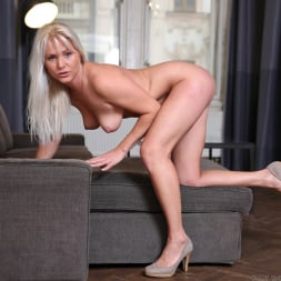 Kathy Anderson in 'Anilos' Blonde Mature (Thumbnail 9)