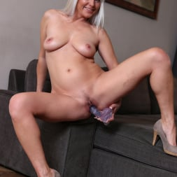 Kathy Anderson in 'Anilos' Blonde Mature (Thumbnail 12)