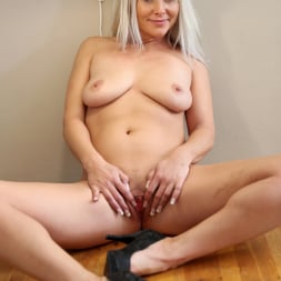 Kathy Anderson in 'Anilos' Hot Orgasm (Thumbnail 11)