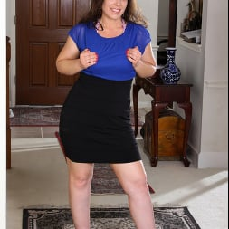 Katrina Sobar in 'Anilos' Undress And Unwind (Thumbnail 1)