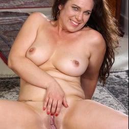 Katrina Sobar in 'Anilos' Undress And Unwind (Thumbnail 11)