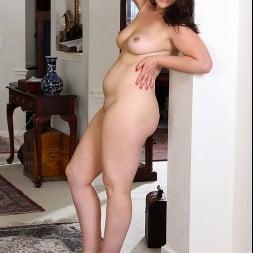 Katrina Sobar in 'Anilos' Undress And Unwind (Thumbnail 12)