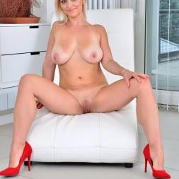 Kirsten Klark in 'Anilos' Milf Masturbating (Thumbnail 12)