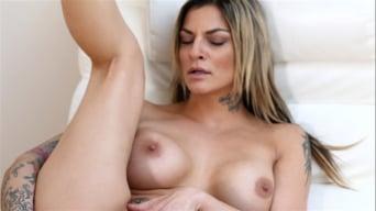 Klarisa Leone in 'Mature Pussy Pleasure'