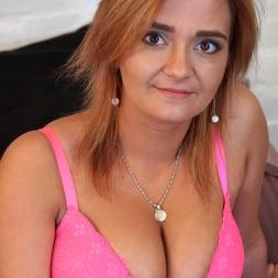 Ksukotzol in 'Anilos' Hot Pink (Thumbnail 2)