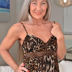 Leilani Lei in 'Anilos' Florida Babe (Thumbnail 1)