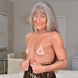 Leilani Lei in 'Anilos' Florida Babe (Thumbnail 3)