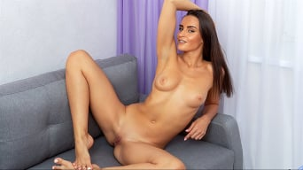 Leyla Lee in 'Right Touch'