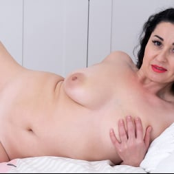 Leyla Lynn in 'Anilos' Longing For More (Thumbnail 16)